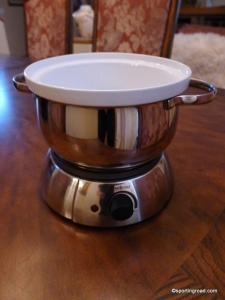 Electric Fondue Pot by Trudeau with Ceramic Insert